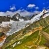glacier de Pré-de-Bar, avec l'aiguille de Triolet 3870m et le mont Dolent 3823m (image hdr)